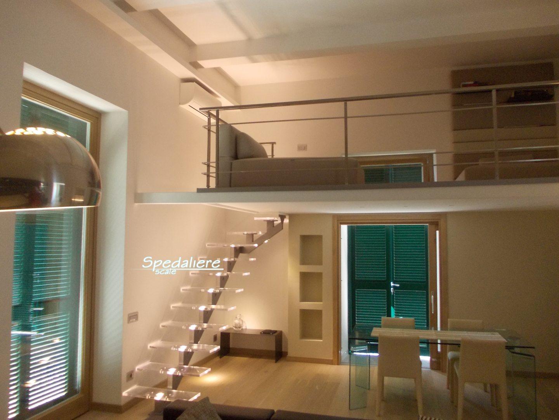 Piccoli Soppalchi In Legno scale illuminate | scale in plexiglass, scale illuminate e